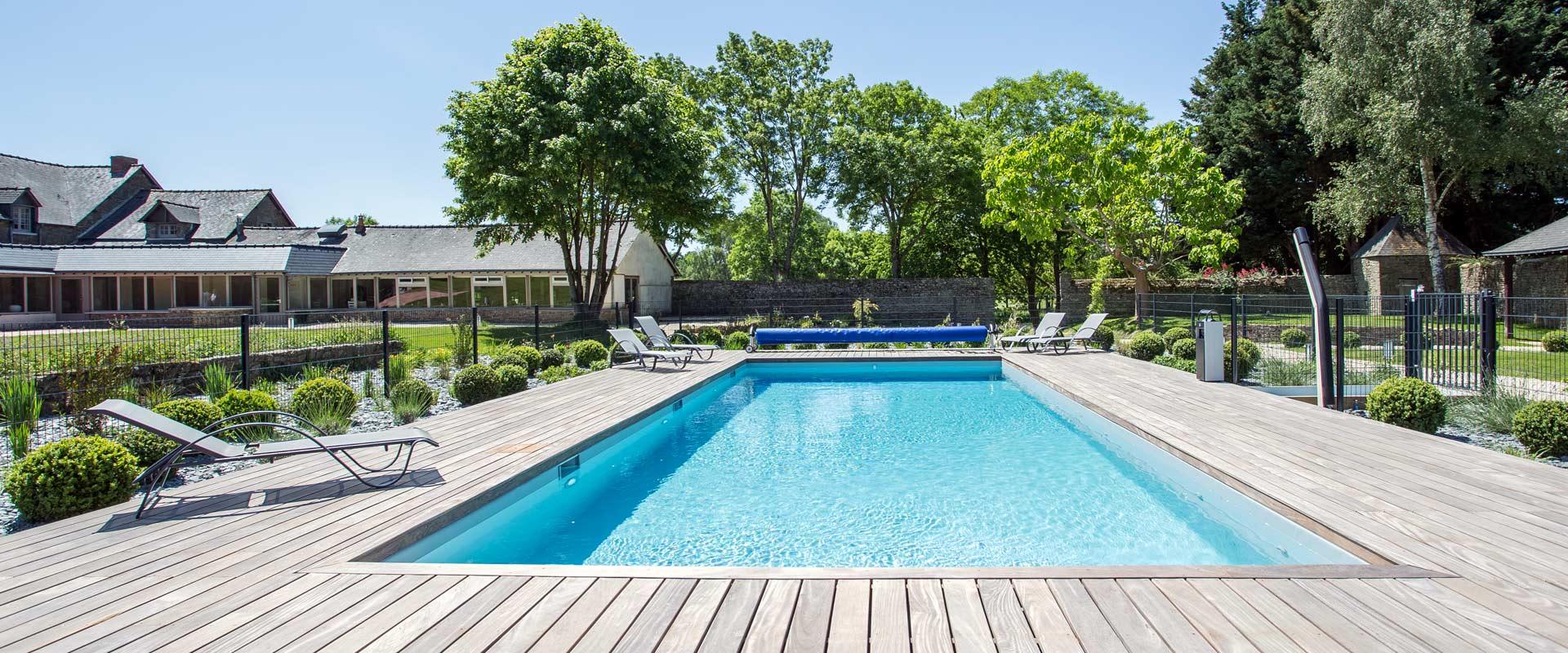 hotel de luxe avec piscine